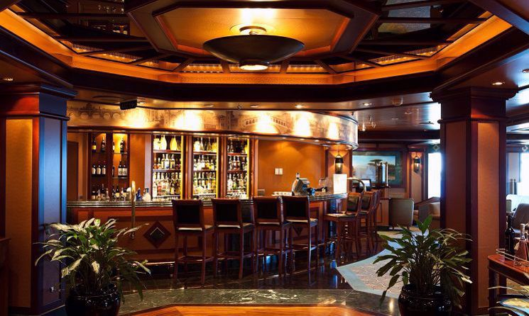 emerald princess bar