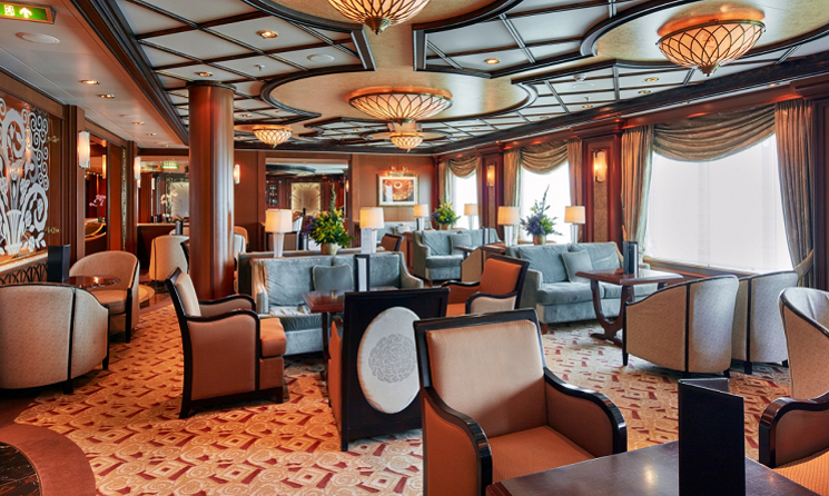 Lounge Queen Elizabeth